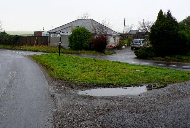 Road Junction at Broadley Wood