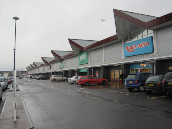 Retail Outlets, Hylton