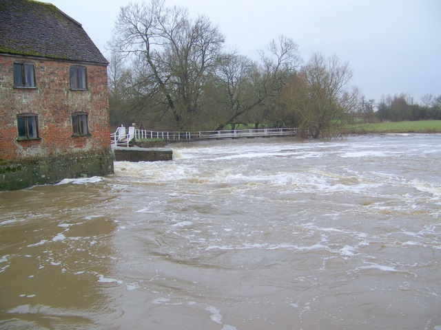 River Stour, Sturminster Newton