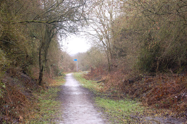 Trackbed of Weedon to Leamington railway near Bascote
