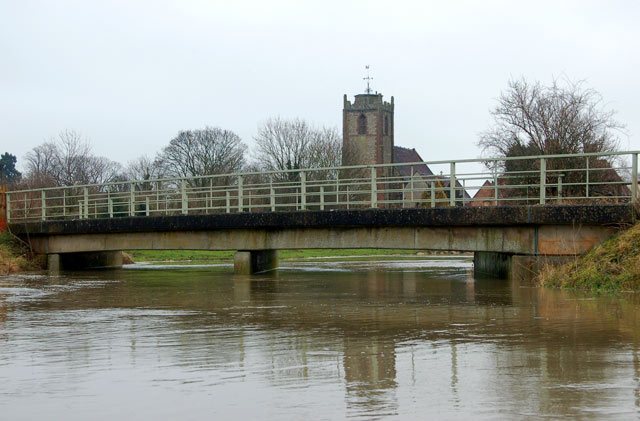 River Itchen in flood at Long Itchington (1)
