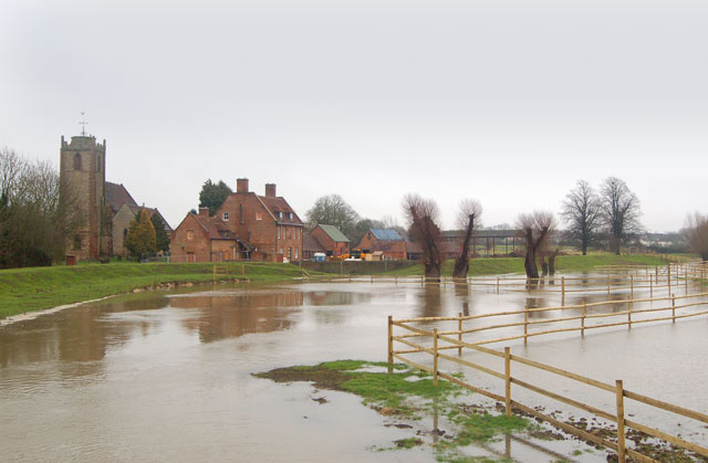 River Itchen in flood at Long Itchington (2)