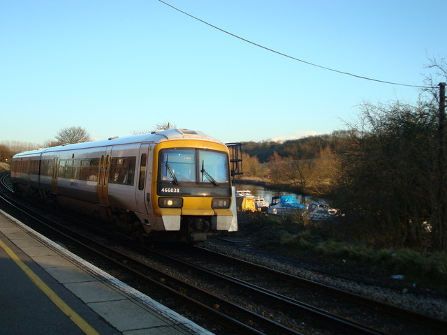 Train at Wateringbury