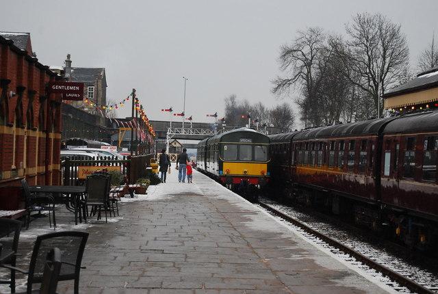 A Diesel Electrical unit, Bury Bolton Street Station
