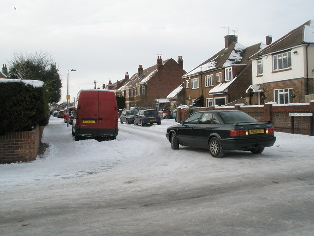 A snowy scene at the junction of Mansvid Avenue and Tregaron Avenue
