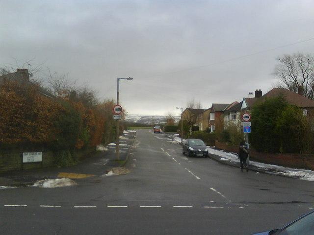 King Edward Avenue, Glossop