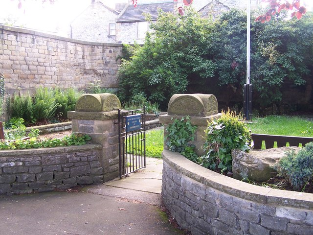 Memorial Garden, Bath Gardens, Bakewell - 1