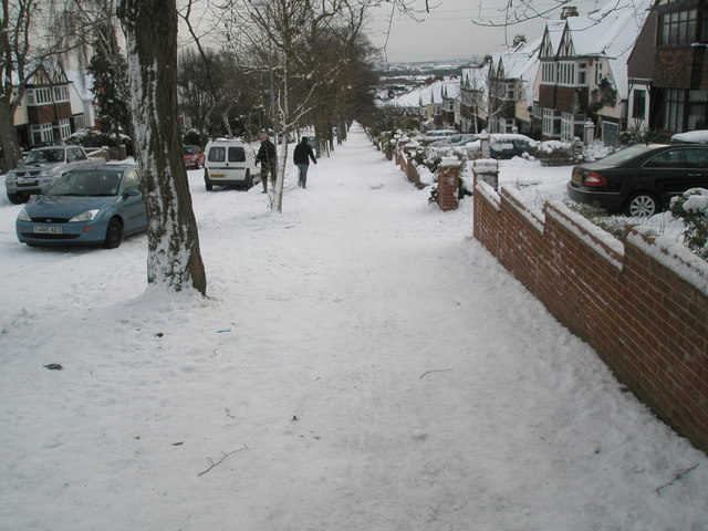 Looking down Carmarthen Road on a snowy Saturday in early January