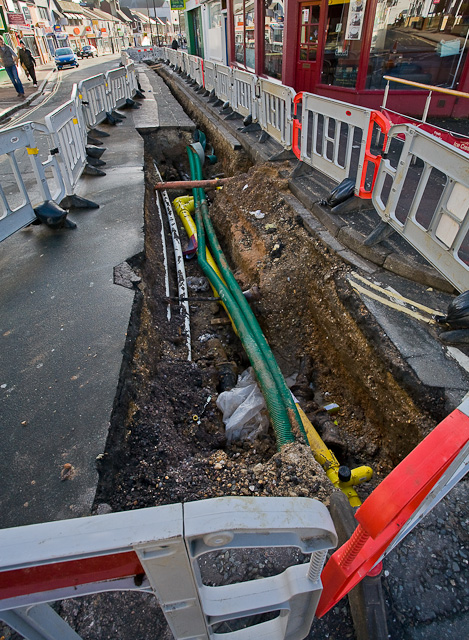 Gas main replacement in Bedford Place