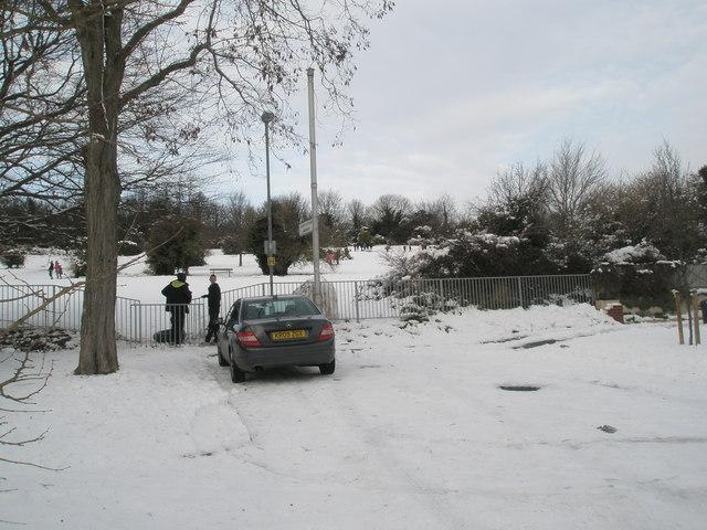 Looking from Carmarthen Avenue onto Portsdown Hill