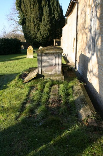 Tomb by the chapel