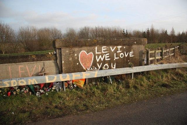 Bridge memorial