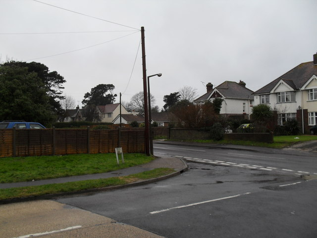 Junction of Windmill Drive and Mill Lane