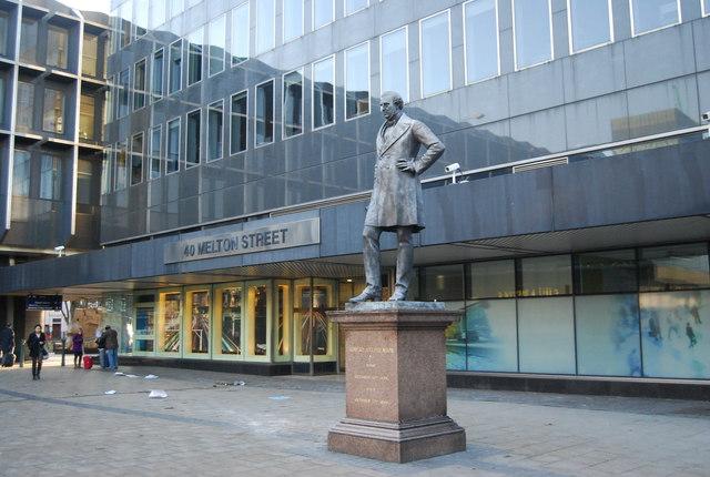 Statue of Robert Stephenson, Euston Station