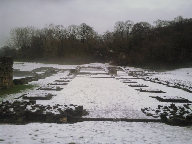 Lesnes Abbey ruins in the snow.