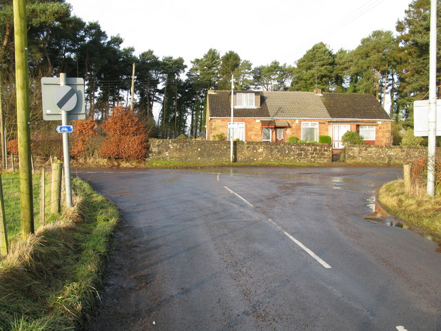 Junction of Minor Roads near Flemington Farm