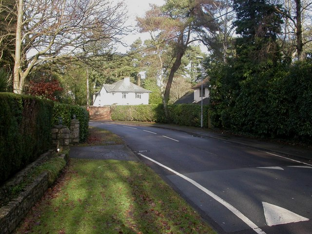 Ferndown, Golf Links Road