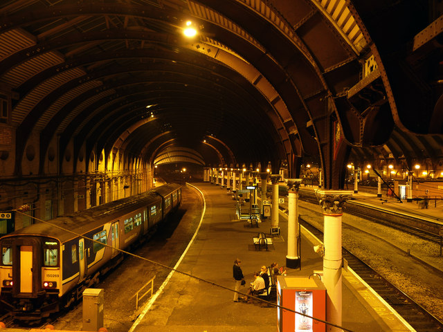 York railway station - platforms 5 and 8