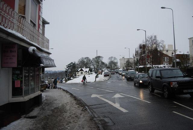 Junction of Mount Ephraim & London Rd