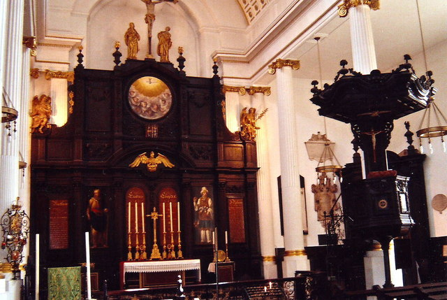 The highly ornate interior of St. Magnus Martyr, London