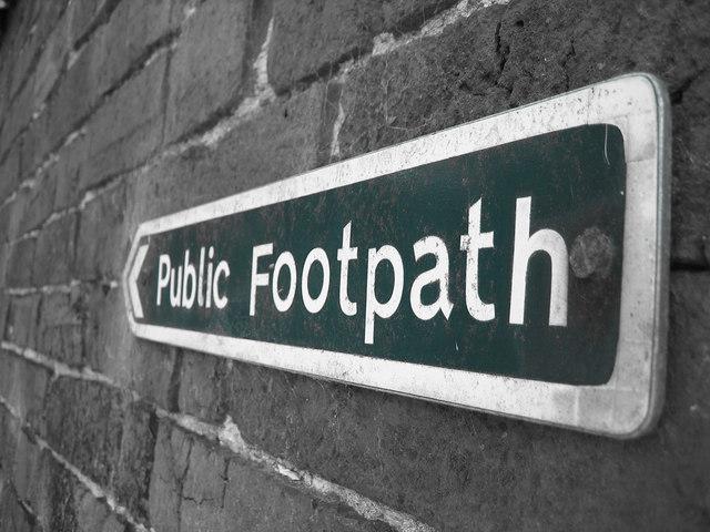 Lloyd Farm Public Footpath Sign