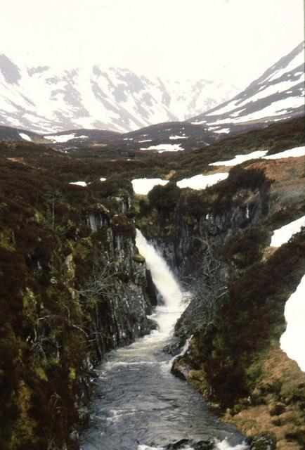 Waterfall on Allt Mullardoch