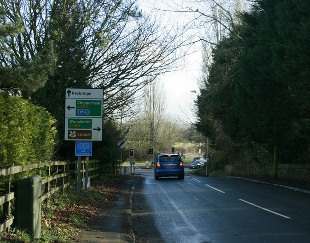 2010 : Corsham Road approaching the A350