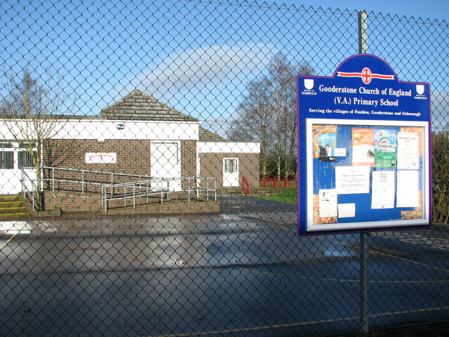 CoE Primary School in Gooderstone