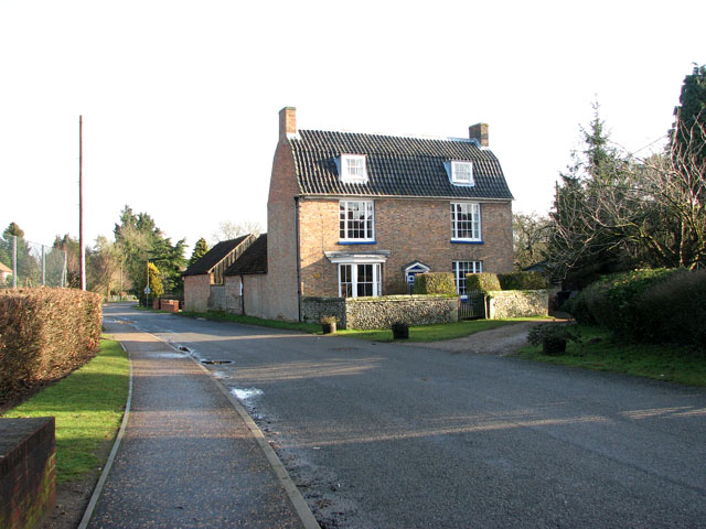 View east along The Street in Gooderstone
