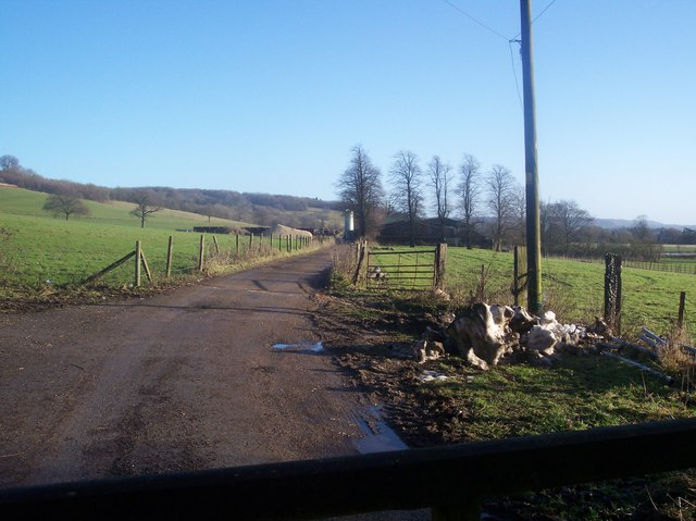 Access track to Home Farm