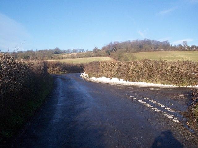 Staggered Pilgrim's Way junction on Brasted Hill Road