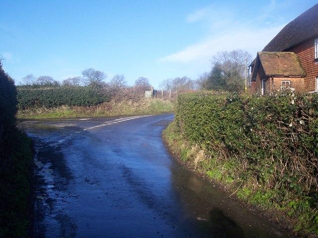 Road junction near Brasted Hill Farm