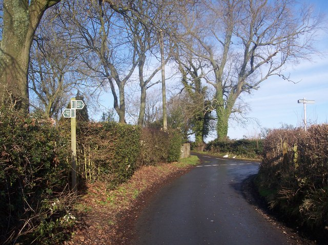 The North Downs Way crosses Brasted Hill