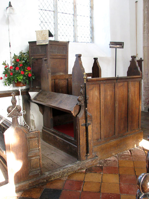 St George's church - Jacobean pulpit