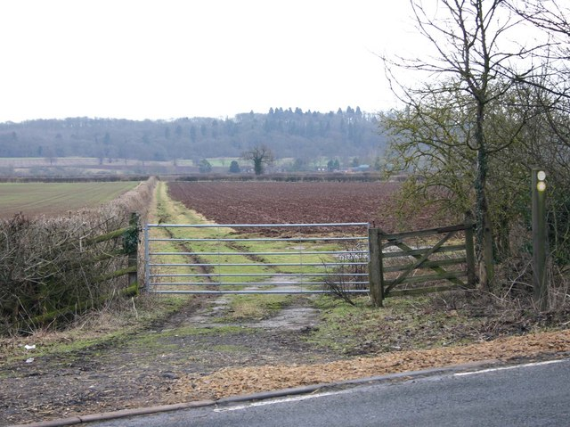 Footpath to Walton from A429 Ettington Road
