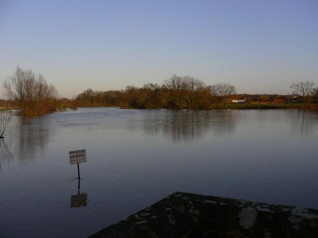 Flooding at Mock Bridge