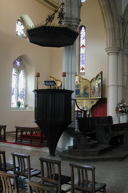 St Mark, Prince Albert Road, NW1 - Pulpit