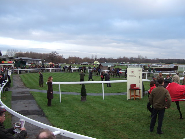 The parade ring, Fakenham racecourse