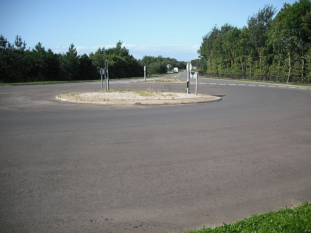 Roundabout, Towerlands Road