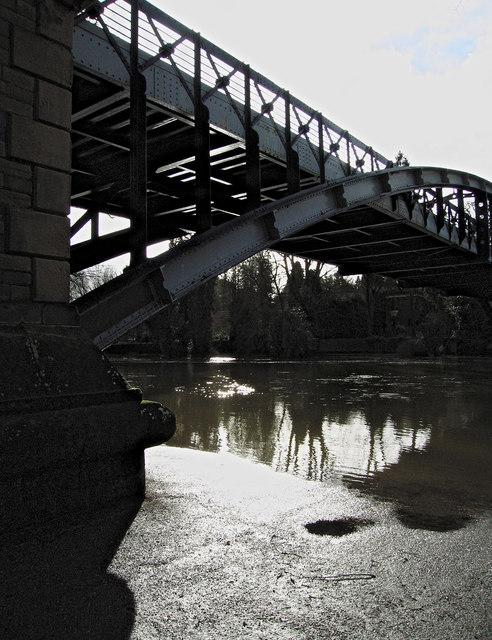 The Kingsland Toll Bridge