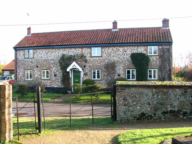 Gamekeeper's Cottage in Church Road