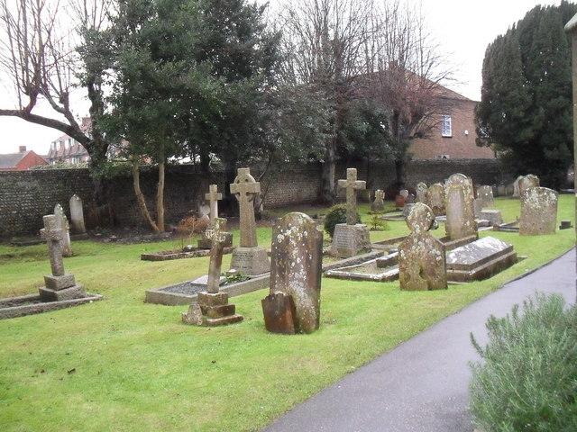 Rustington Churchyard (11)