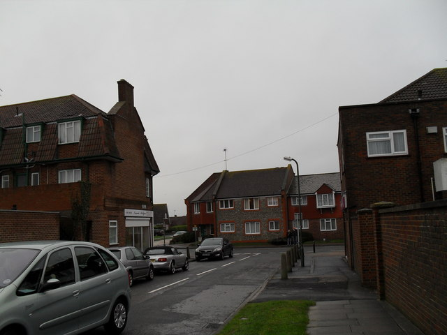 Approaching the junction of  The Grangeway and Sea Lane