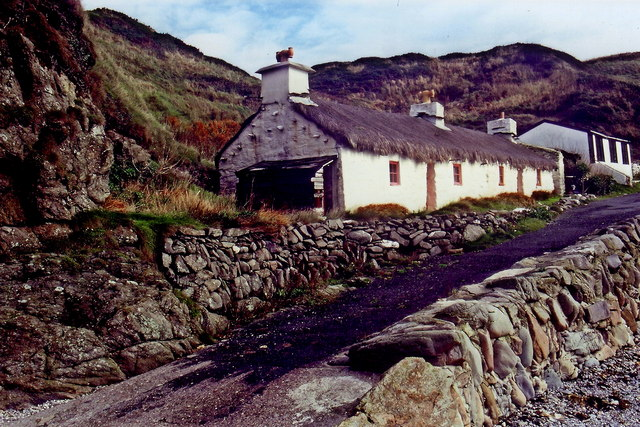Niarbyl - Thatched cottage and building