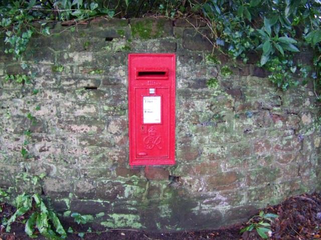 Postbox, Belluton