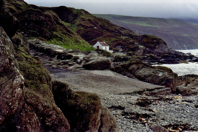 Niarbyl - Thatched fisherman's cottage