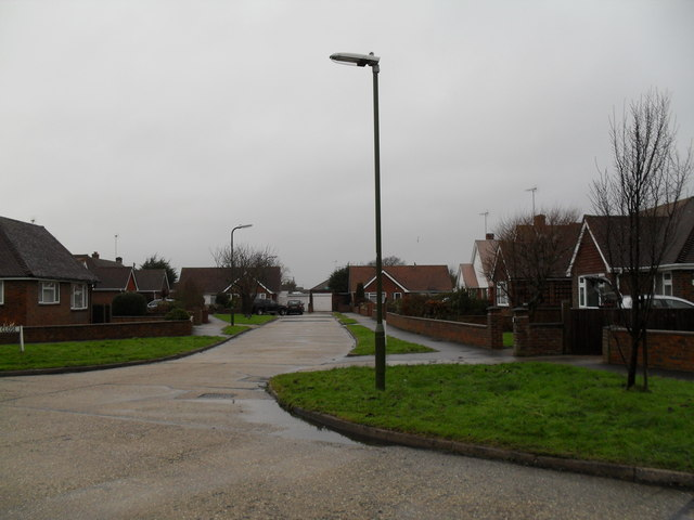 Looking from Parry Drive into Kirkland Close
