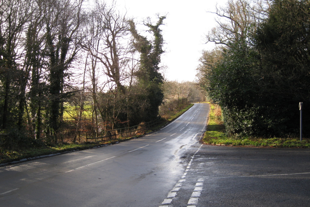 B4115 at its junction with Crew Lane