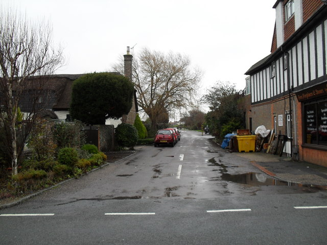 Looking from Sea Lane into Cudlow Avenue