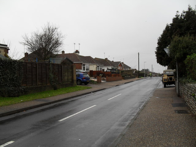 The eastern end of Holmes Lane